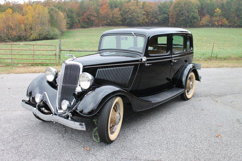1934 Ford 4 Door Sedan