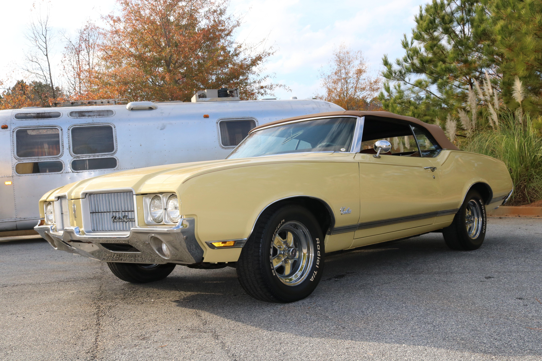 1971 Oldsmobile Cutlass | GAA Classic Cars