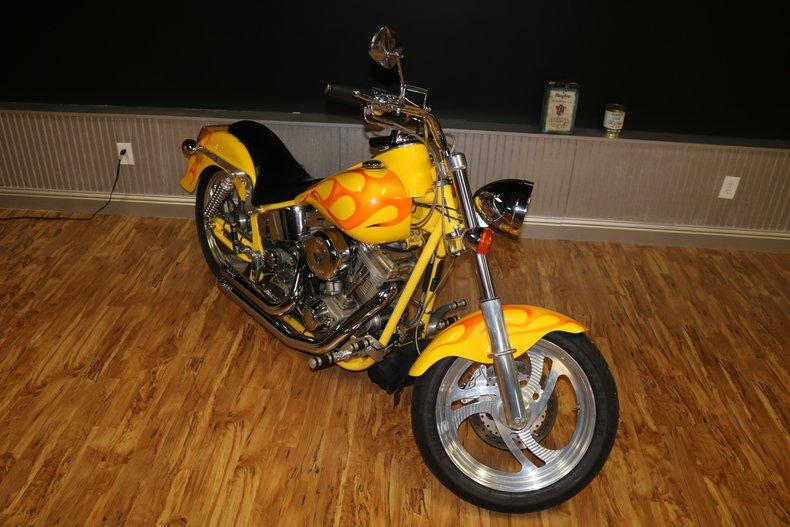 2000 titan custom s s