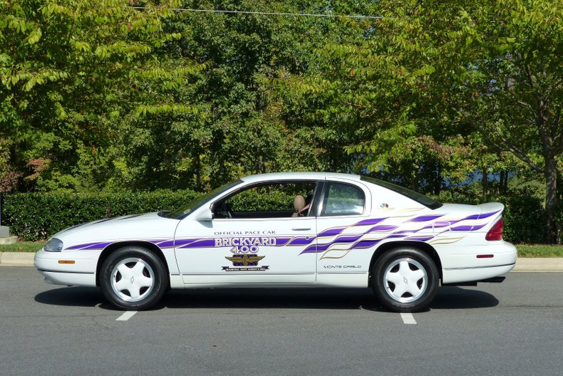 1995 chevrolet monte carlo brickyard pace car