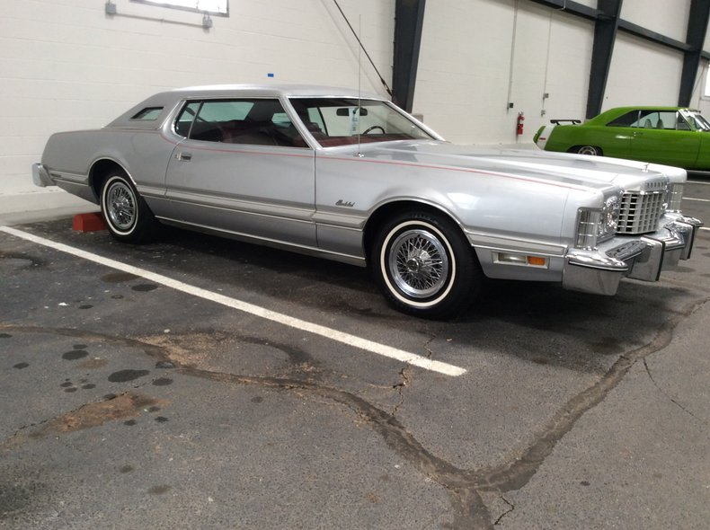 1976 Ford Thunderbird