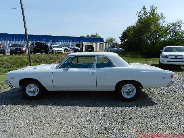 1967 chevrolet chevelle deluxe 300