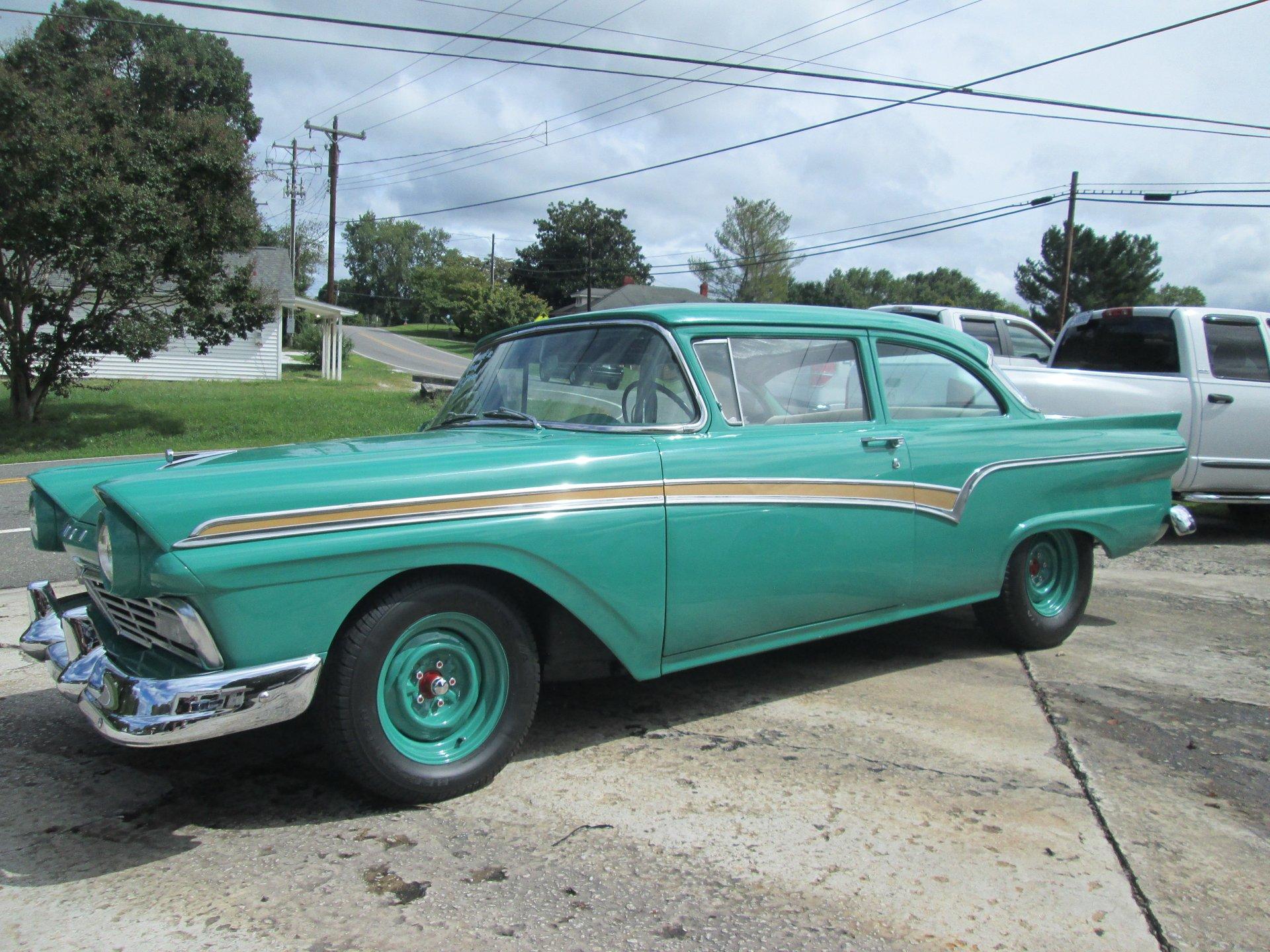 1957 ford 300 custom