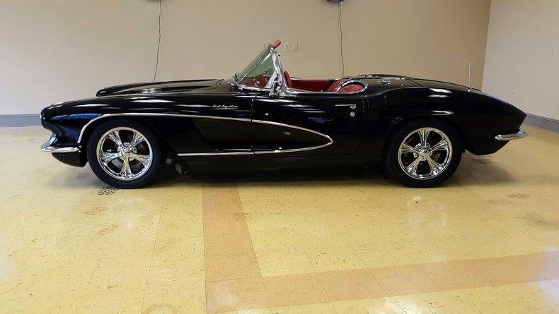 1961 chevrolet corvette pro touring