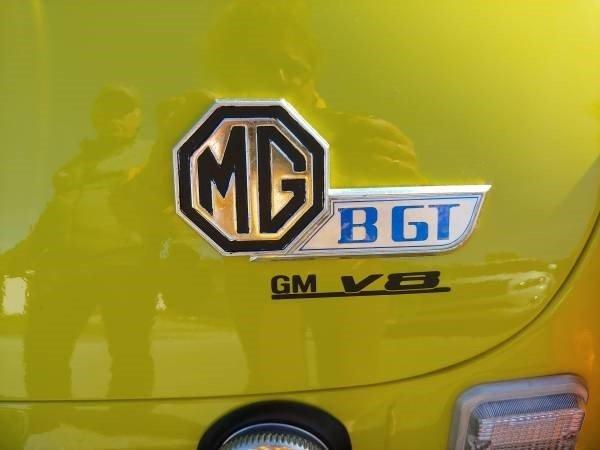 1974 mg b gt