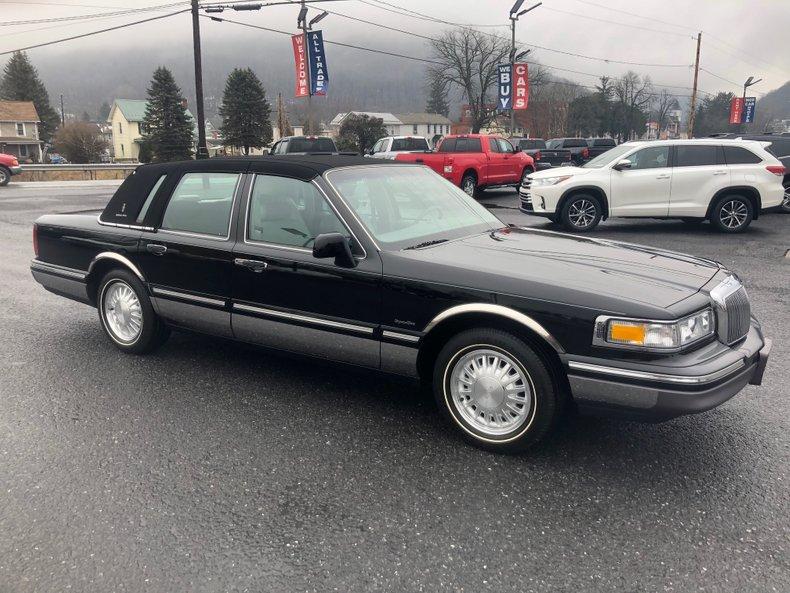 1997 Lincoln Town Car | GAA Classic Cars