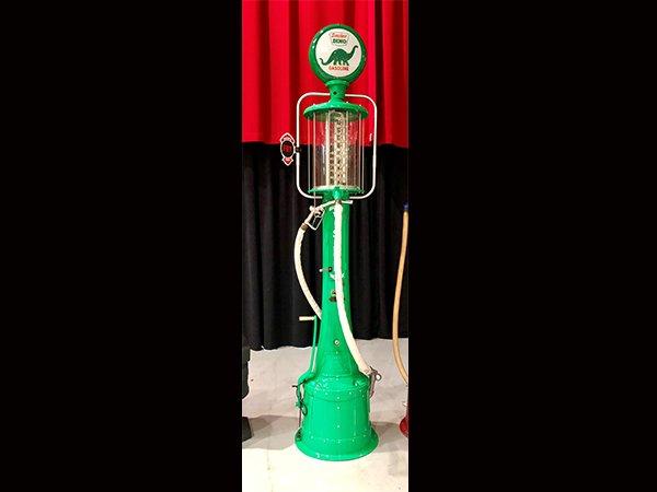 Sinclair Dino Gasoline Pump