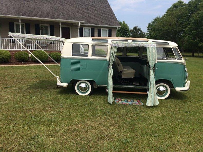 1964 Volkswagen 21 Window Bus 10