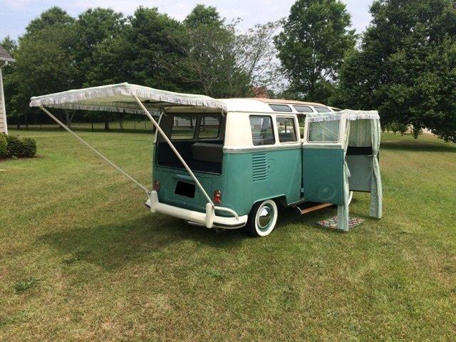 1964 Volkswagen 21 Window Bus 12