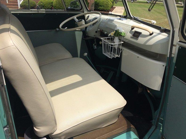 1964 Volkswagen 21 Window Bus 19