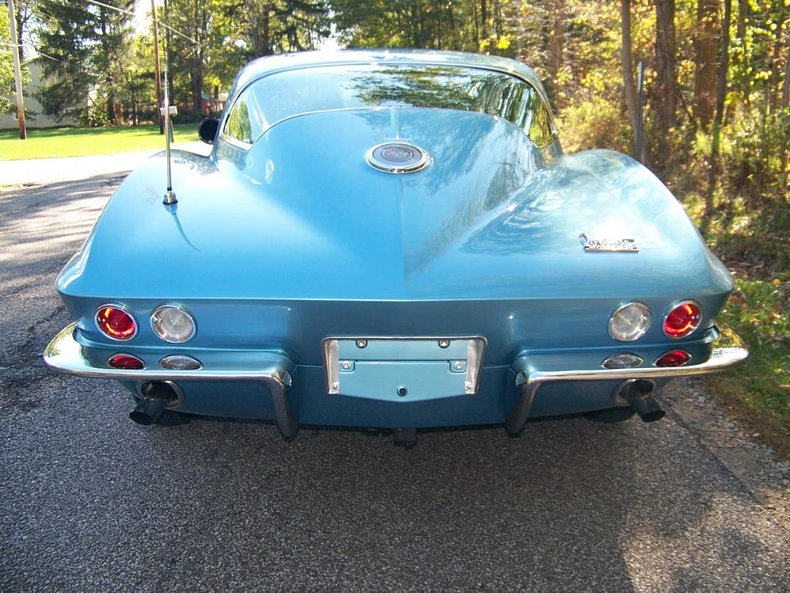 1966 chevrolet corvette big tank
