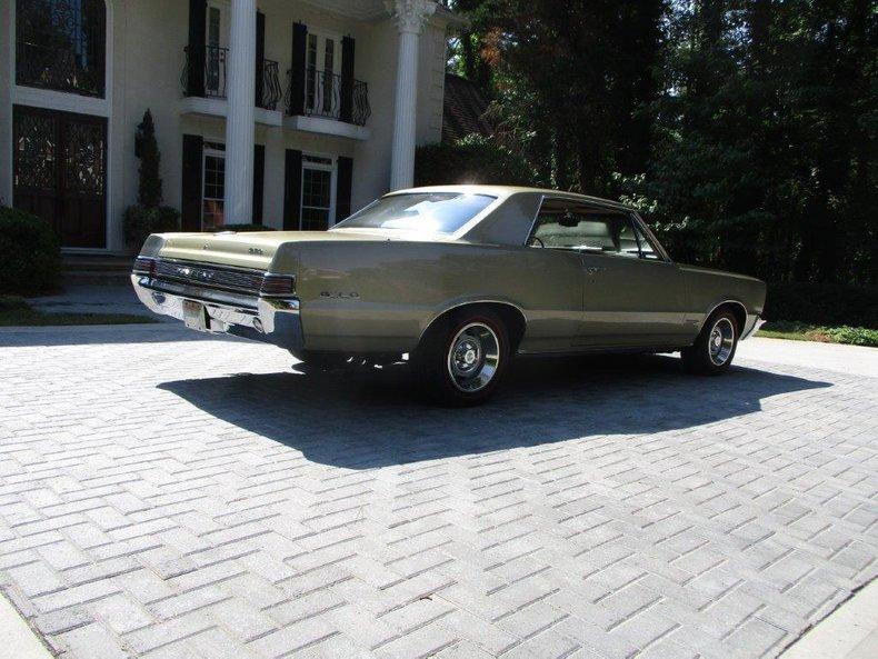 1965 Pontiac GTO 3