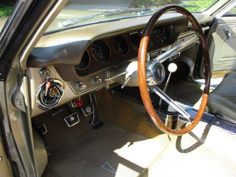1965 Pontiac GTO 16