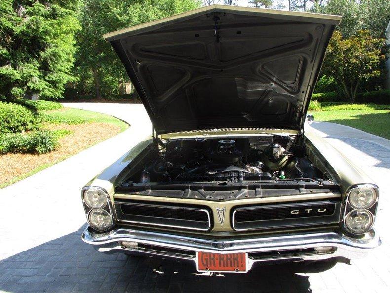 1965 Pontiac GTO 40