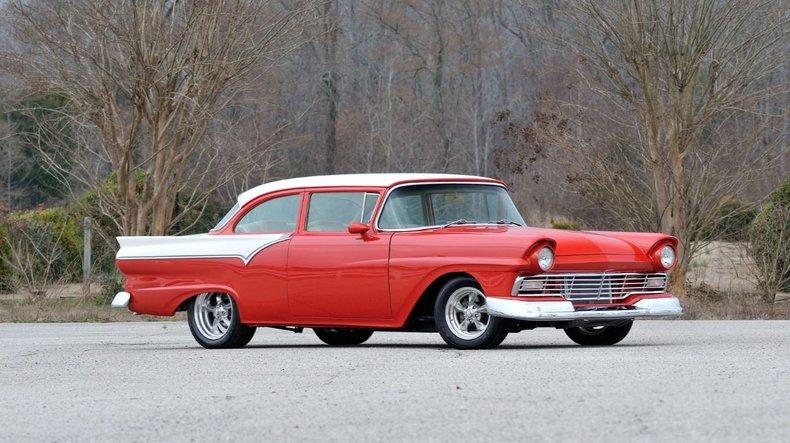 1957 Ford Custom Sedan