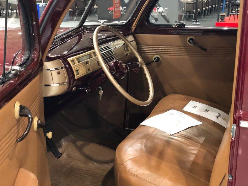 1940 ford custom deluxe