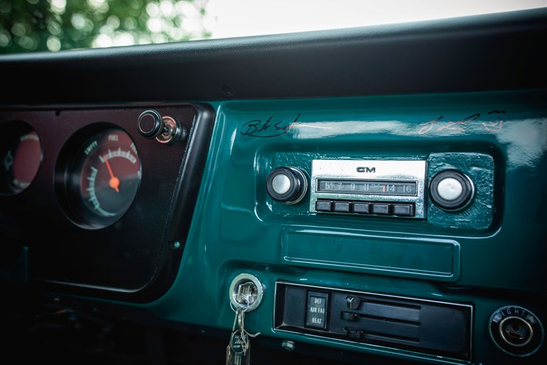 1967 GMC Pickup 12