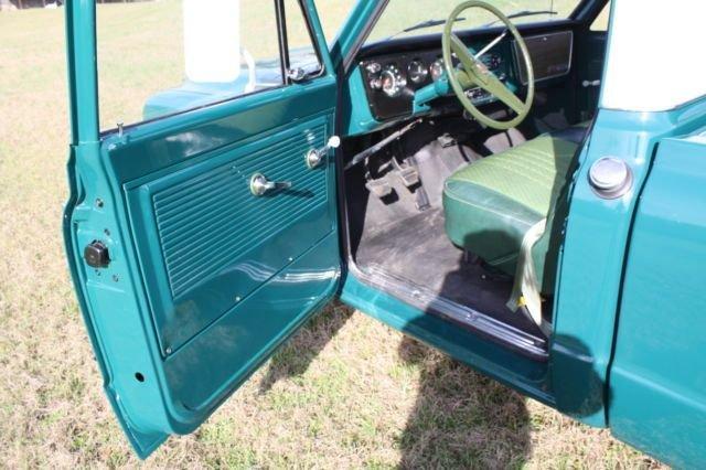 1967 GMC Pickup 27