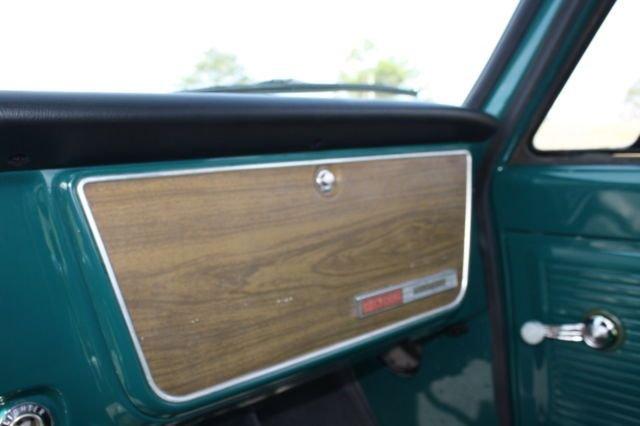 1967 GMC Pickup 31