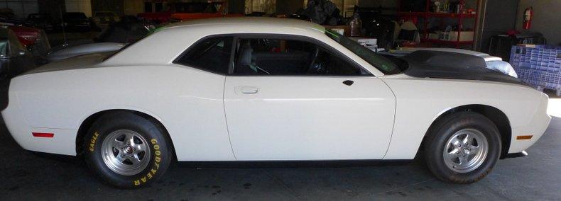 2009 dodge challenger drag car
