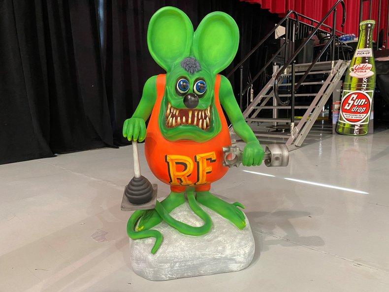 Rat Fink Statue