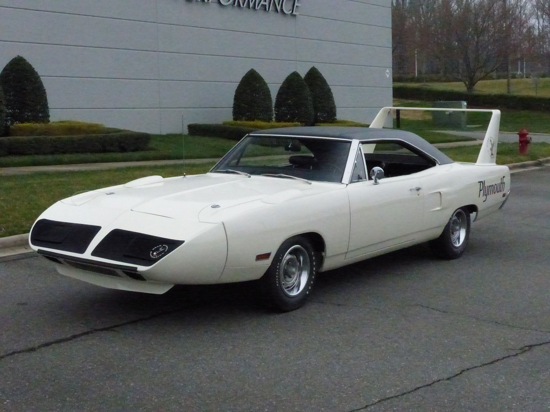 1970 plymouth road runner superbird hemi