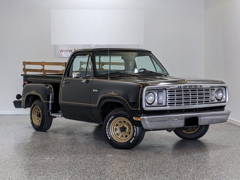 1977 Dodge D100