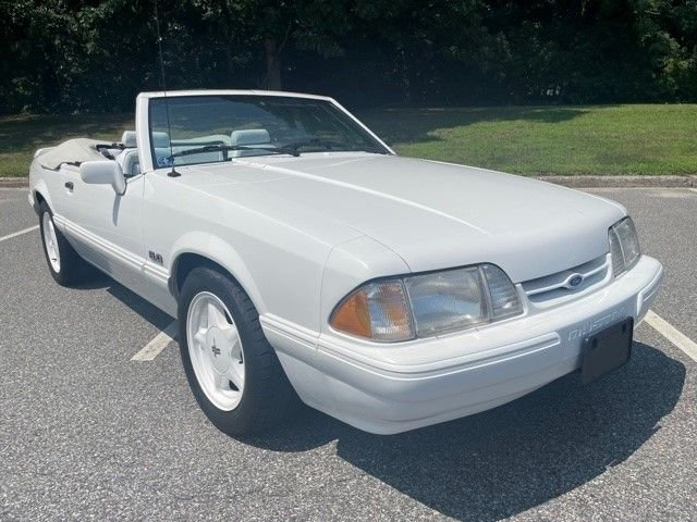 1993 ford mustang special edition