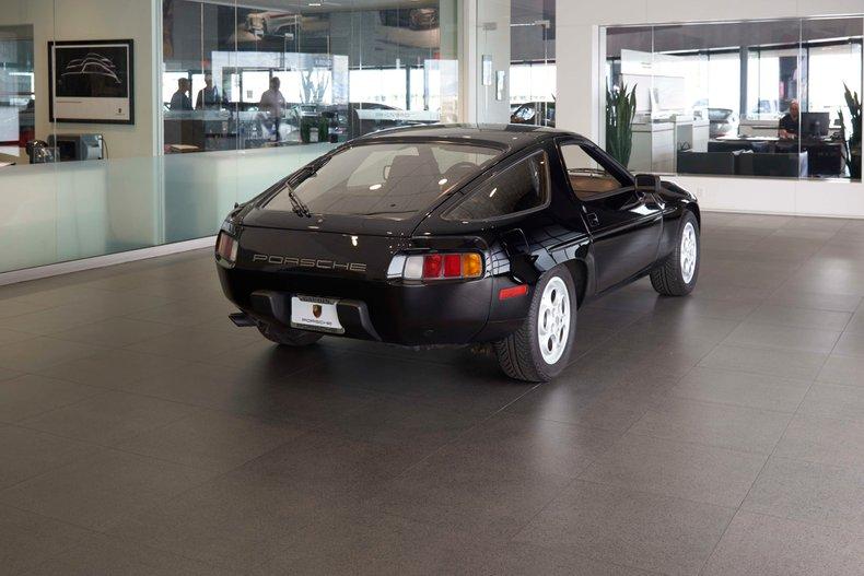 1982 Porsche 928