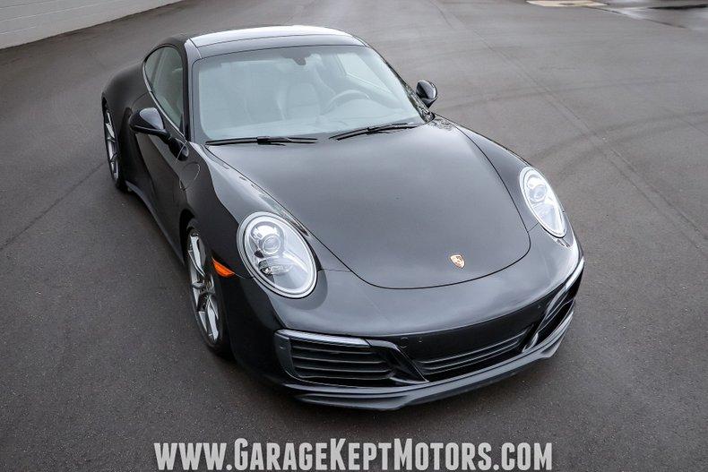 2017 Porsche 911 13