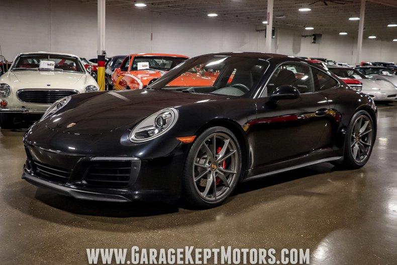 2017 Porsche 911 14