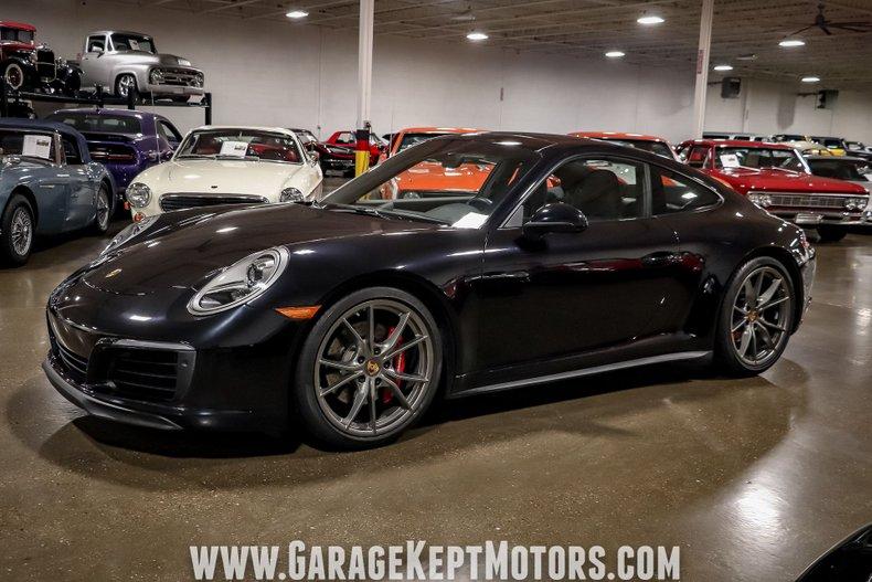 2017 Porsche 911 15