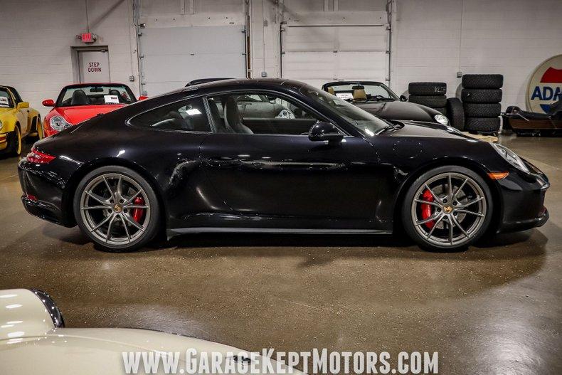 2017 Porsche 911 27