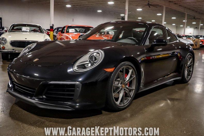 2017 Porsche 911 41