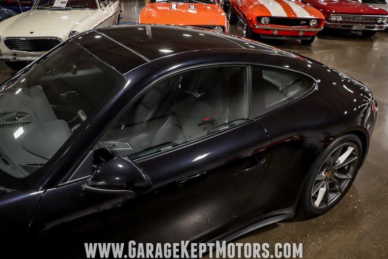 2017 Porsche 911 45