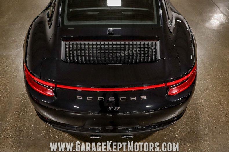 2017 Porsche 911 54
