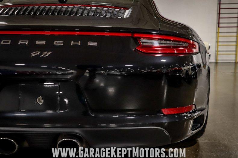 2017 Porsche 911 57