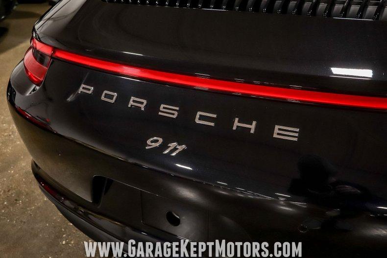 2017 Porsche 911 58