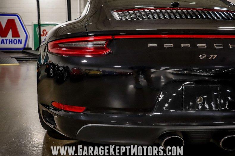 2017 Porsche 911 55