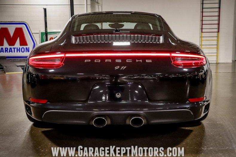 2017 Porsche 911 59