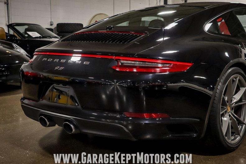 2017 Porsche 911 61