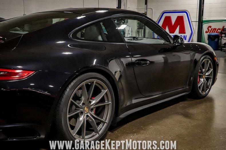 2017 Porsche 911 63