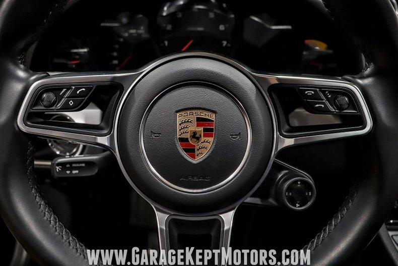 2017 Porsche 911 119