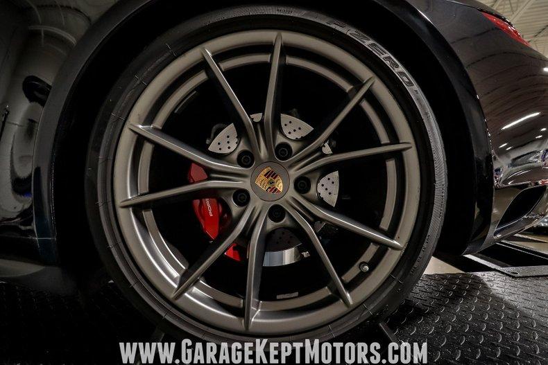 2017 Porsche 911 160