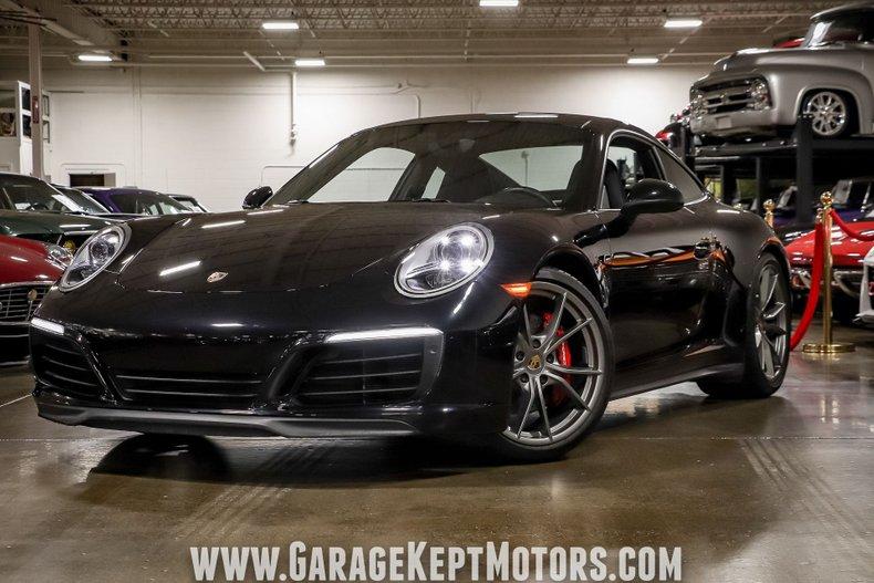 2017 Porsche 911 182