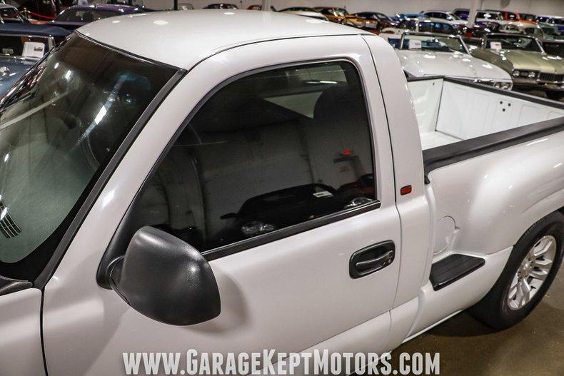 2005 Chevrolet Silverado 39