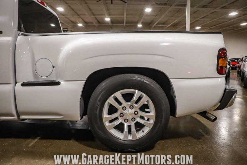 2005 Chevrolet Silverado 46