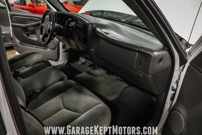 2005 Chevrolet Silverado 76