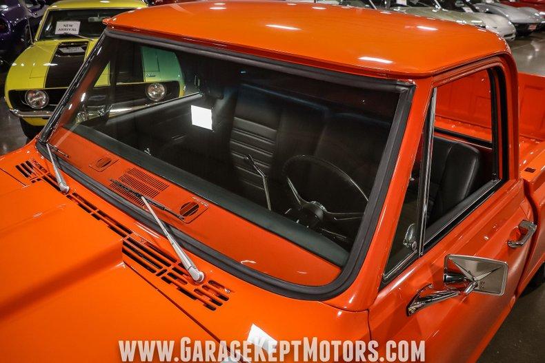 1972 Chevrolet C10 32
