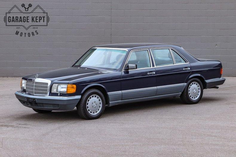 1986 Mercedes-Benz 560SEL